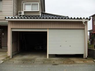 富山市 H様邸 車庫塗装工事・屋根棟瓦補修工事